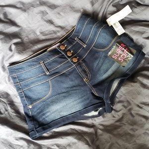 ‼NWT No Boundaries High waist Shorts‼
